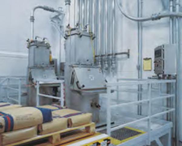Оборудование для автоматизации, подъемный стол у беспылевого растаривателя AZO модель ET P