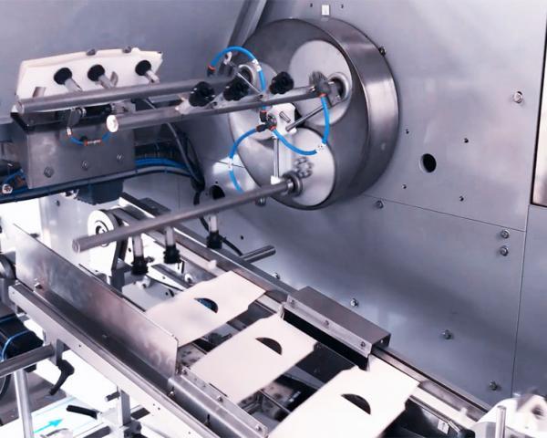 Упаковка сыра в картон IS, готовое оборудование Украина